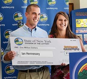 New York Man Reveals Cashword Winning Lottery Scratchcard